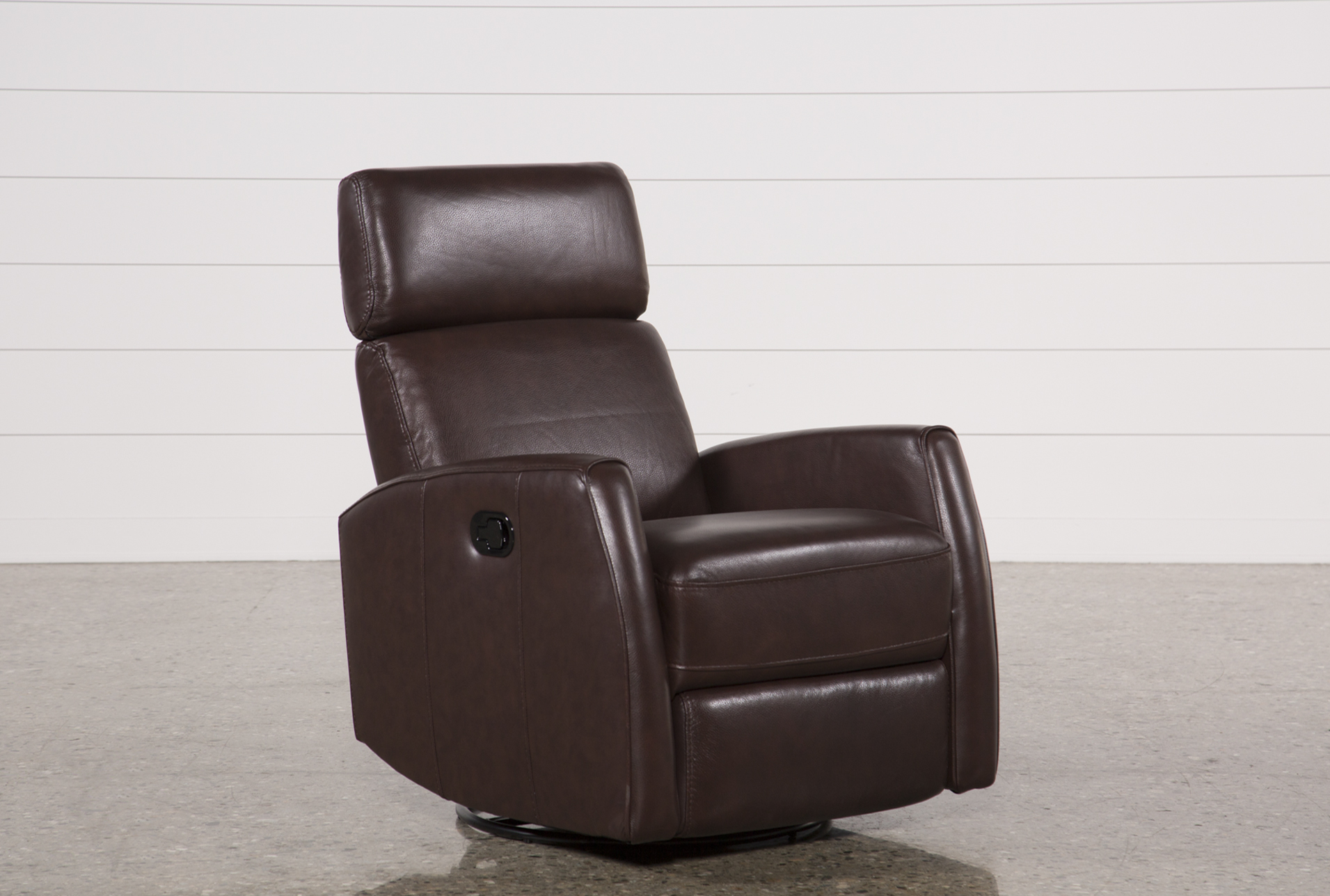 What Is a Swivel Glider Recliner? | Living Spaces