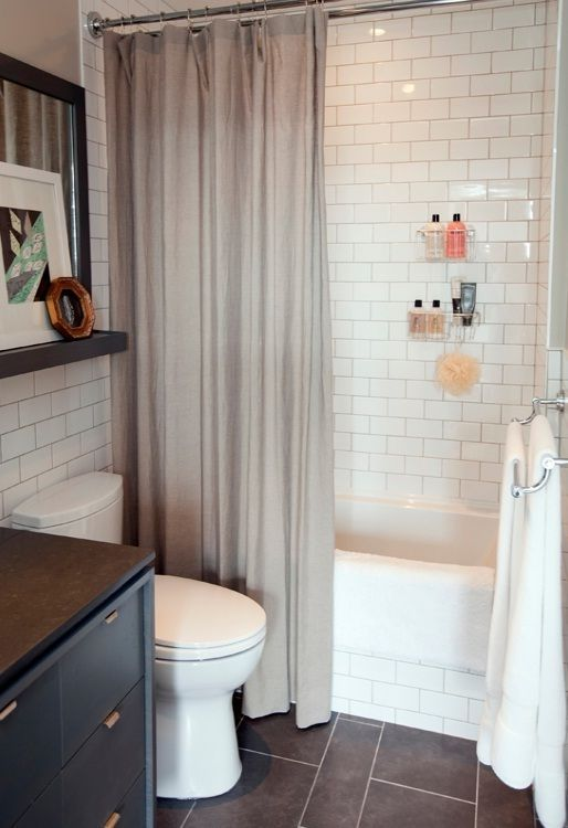 Small Bathroom Decorating Pictures with White Wall Tile 22 Ideas