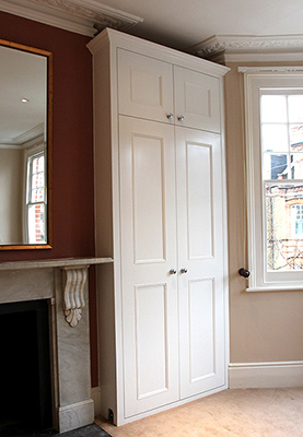 Fitted furniture for London - Fitted Wardrobes, Alcove Cupboards