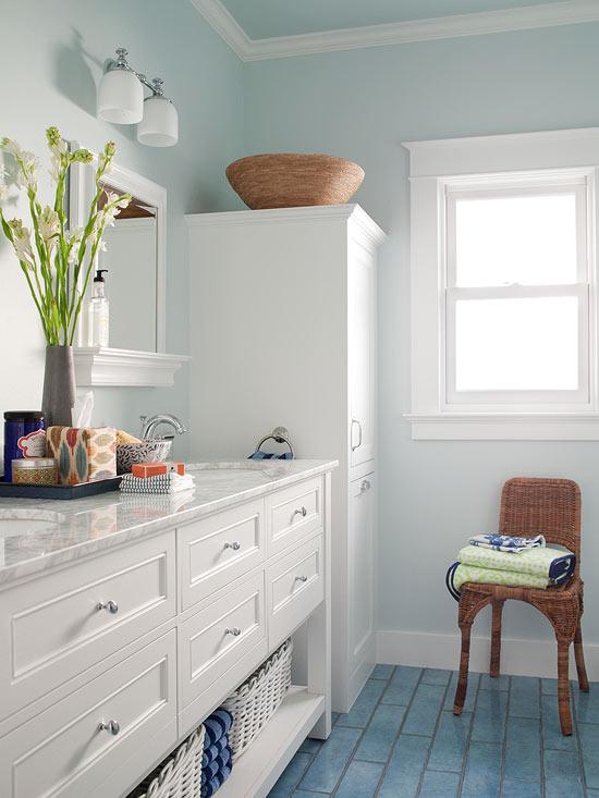 Small Bathroom Color Ideas | Better Homes & Gardens