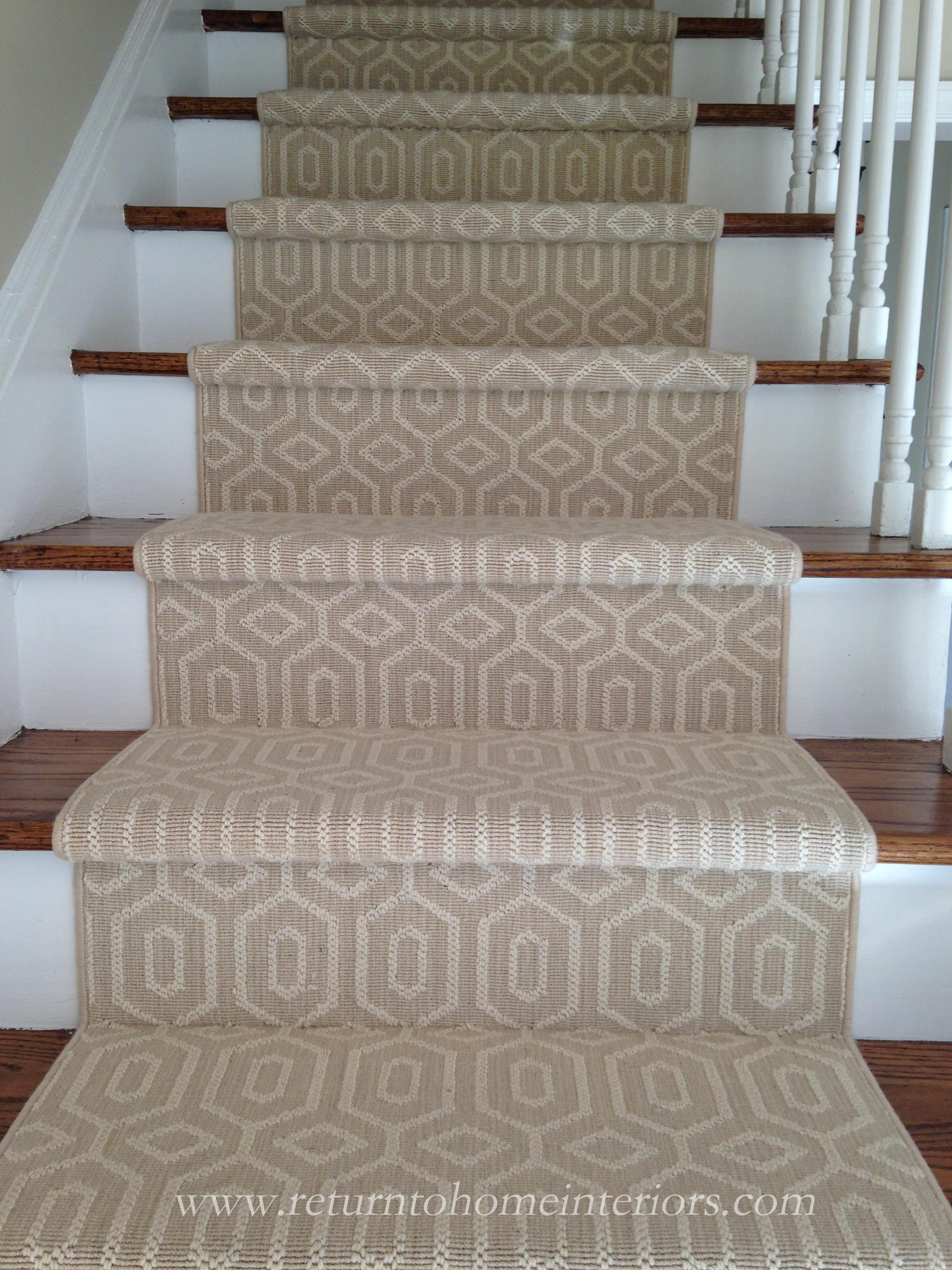 Buy stylish variations in best carpet for stairs and hallway