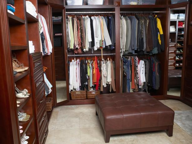Get simple and best walk in closet design for couples for storage