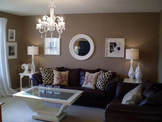 How to decorate around choc brown leather sofas | For the Home