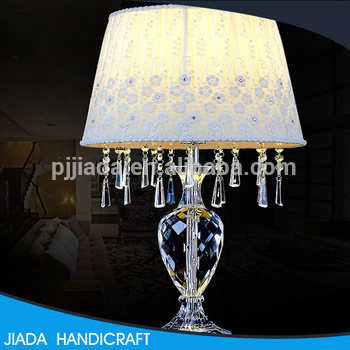 Top Selling Custom Design Home Goods Mini Crystal Chandelier Table