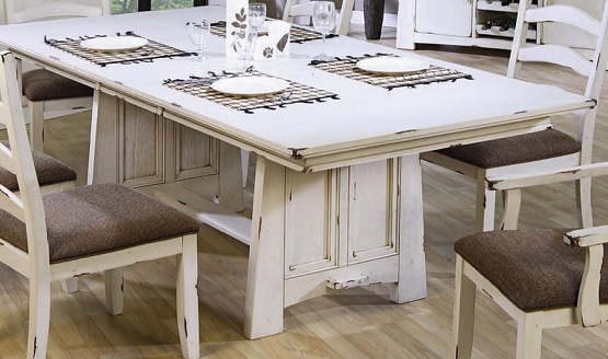 Distressed Farmhouse Dining Table - Thetastingroomnyc.com