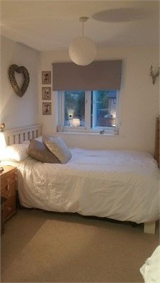 Double Bed Frames For Small Rooms