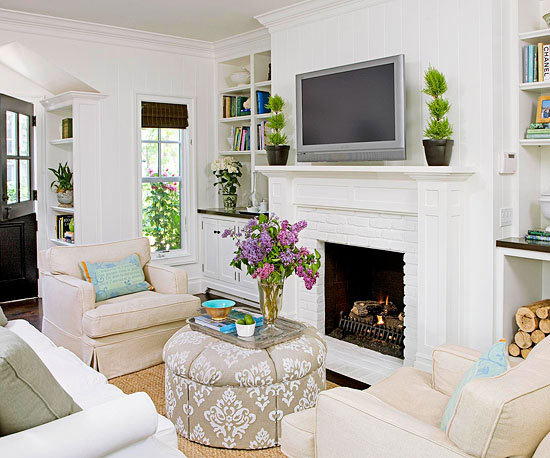 Furniture Arrangement Ideas for Small Living Rooms | Better Homes