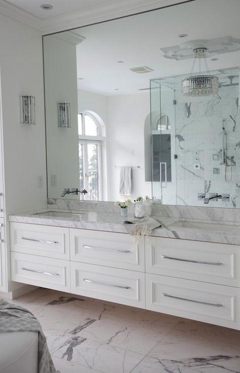 Tips to Choose a Bathroom Mirror | Amazing Interiors | Bathroom