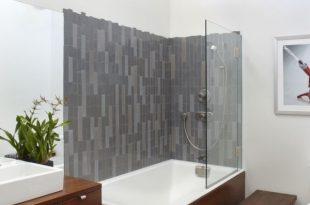 Choose stylish modern bathtubs with shower for comfortable bathe