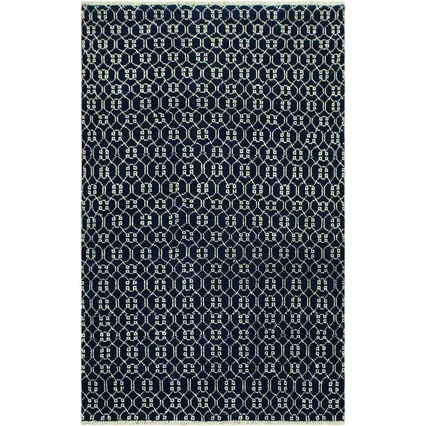 Shop Elara Modern Raleigh Blue/Ivory Wool Area Rug (4'3 x 6'0) - 4
