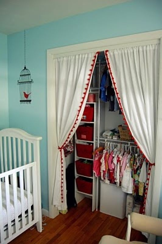10 Modern Kids' Closets Organized To Put A Room In Order