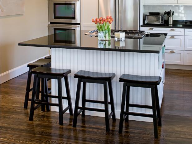 Kitchen Islands With Breakfast Bars | HGTV