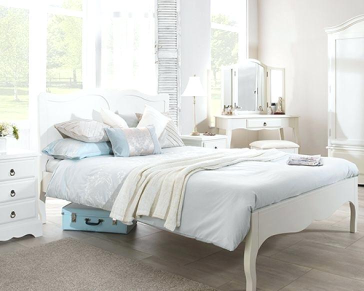 Shabby Chic Bedroom Furniture Sets Chic Bedroom Sets Black Shabby