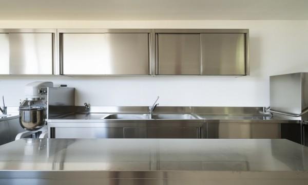 Why choose stainless steel kitchen cabinets? | Smart Tips