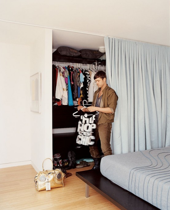 Creative Clothes Storage Solutions For Small Spaces. 18 of 19. DW1107_MYHS_