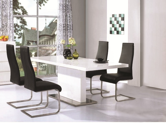 Tips To Choose Perfect White Gloss Dining Table DesigninYou In High